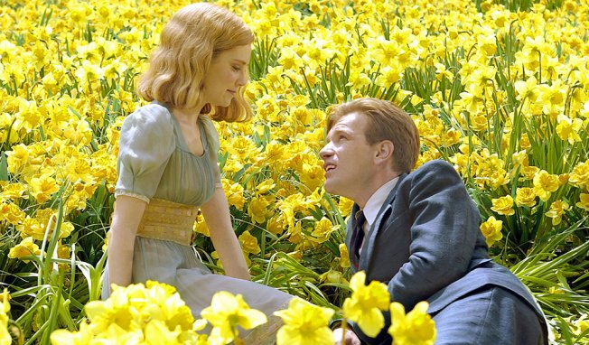 "Above: Ewan McGregor attempts to romance Alison Lohman in ""Big Fish."" Stock Photo."